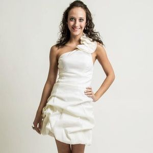White Caché ruched one shoulder with cut out back
